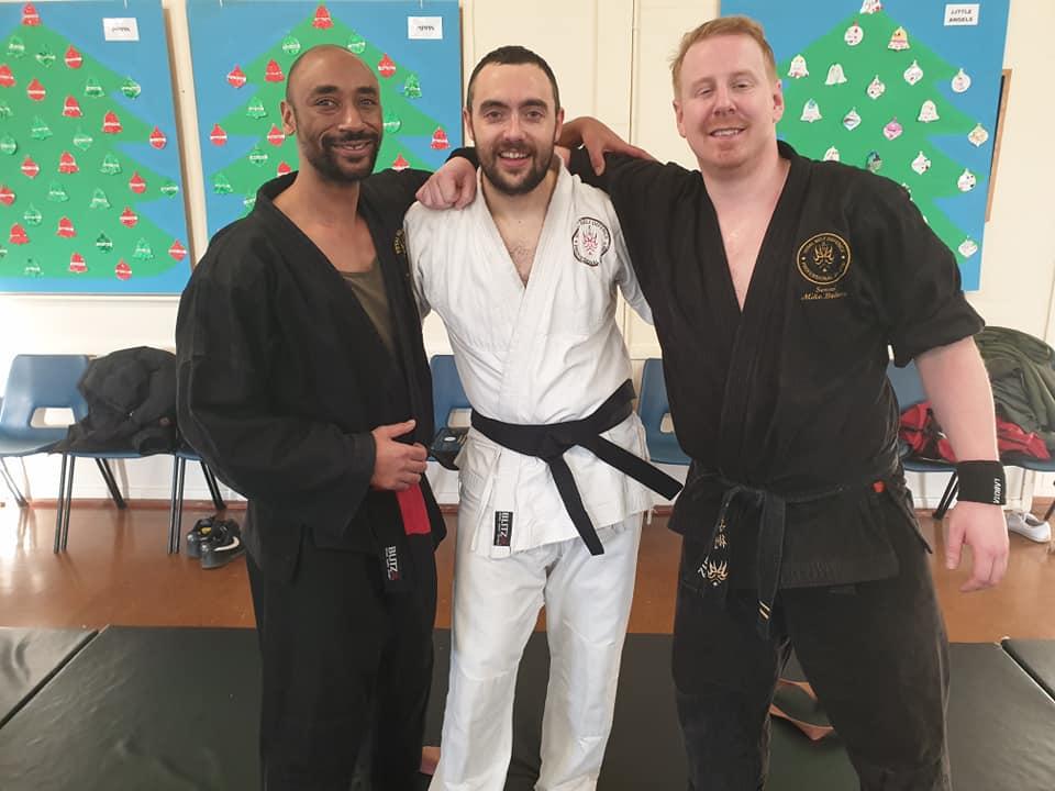 Hitchin Black Belts